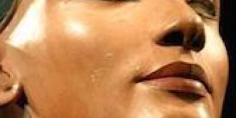 Nefertiti Lift: voglio un ovale perfetto!